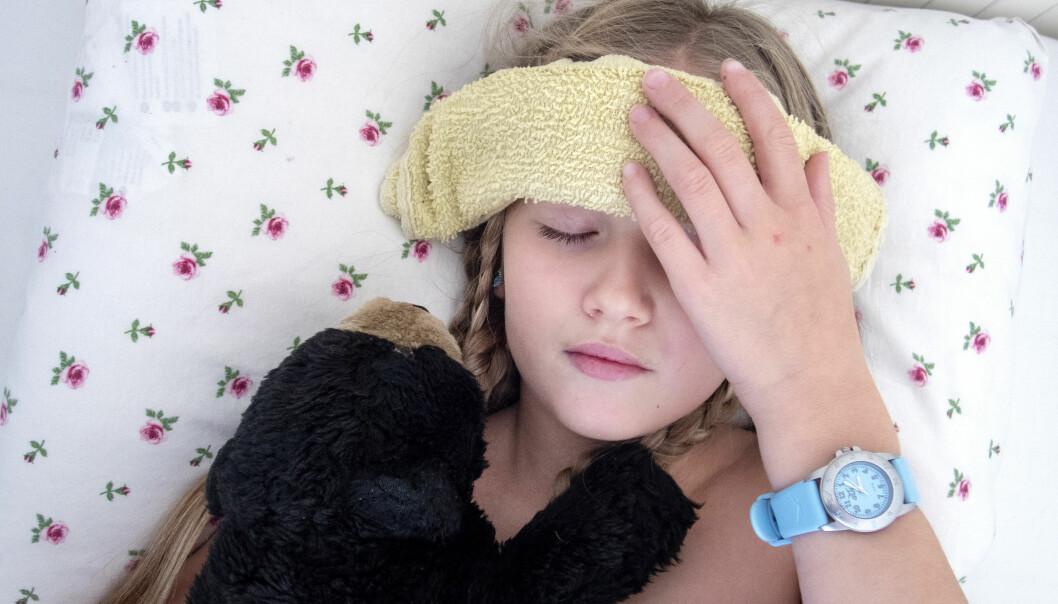 Hjemme med sykt barn utgjør en vesentlig del av sykefraværet i Norge. Illustrasjonsfoto: NTB/Scanpix